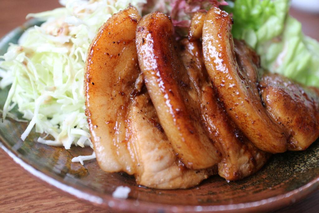 料理初心者でも出来る豚肉の焼き方!猛烈に美味しく柔らかくなります。